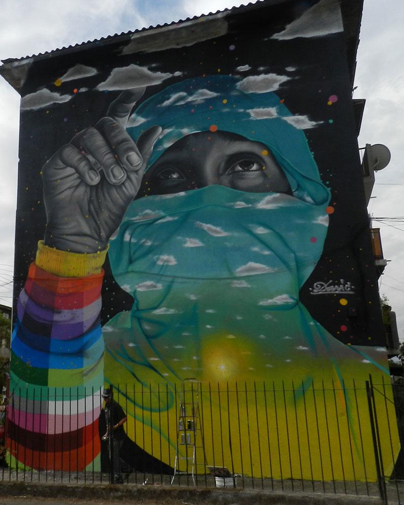 Murales museo a cielo abierto en san miguel for Papeles murales en santiago de chile